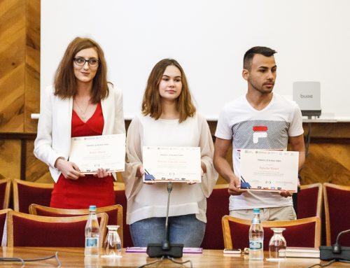 Trei studenți ai UAIC au câştigat premiul şi bursa TZMO