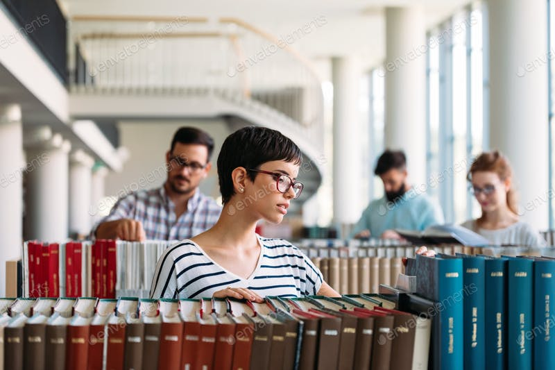 UAIC oferă 45 de burse doctorale din venituri proprii pentru studenții din anul I