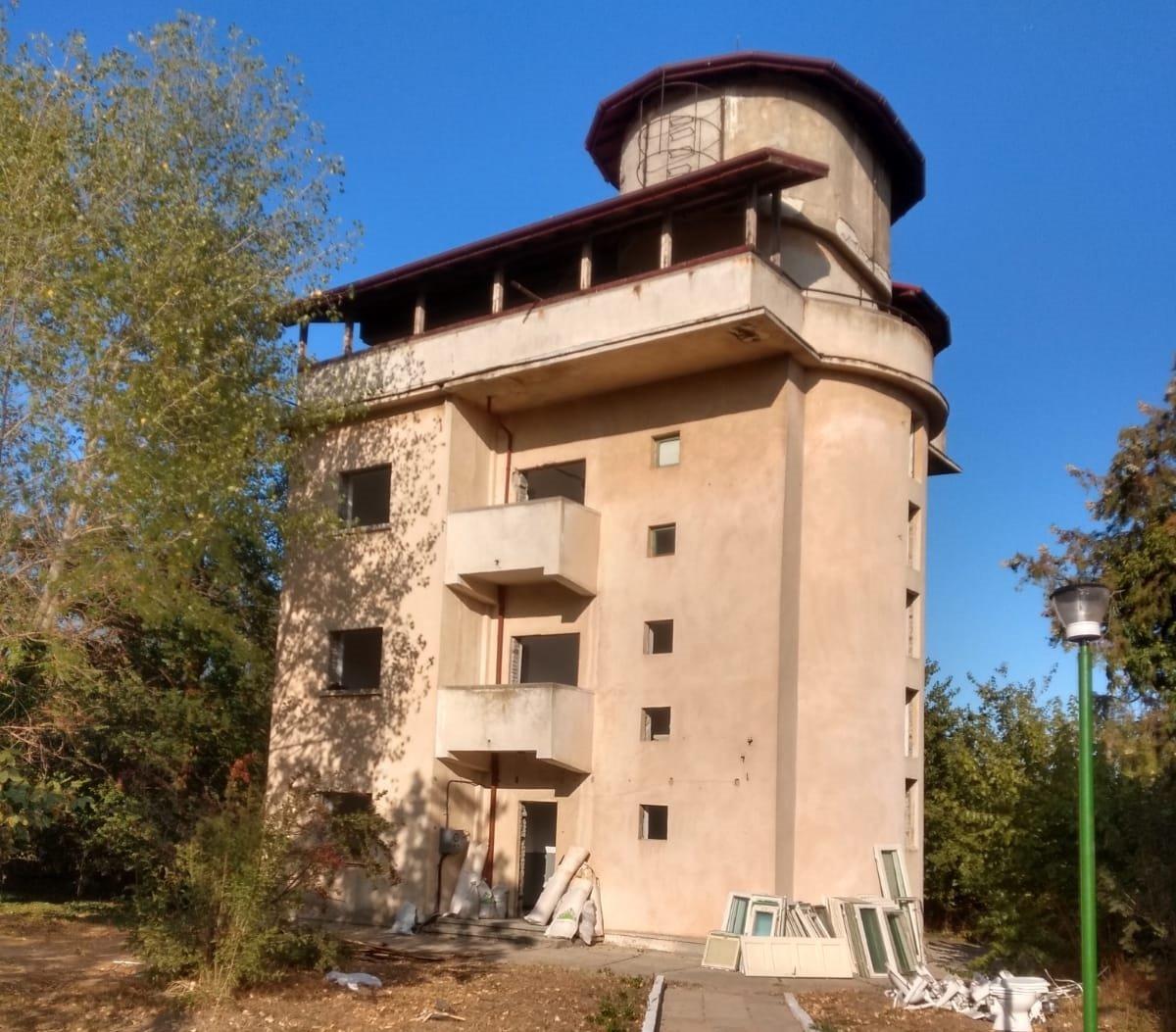 UAIC reabilitează clădirea turn din cadrul Stațiunii de cercetare de la Agigea