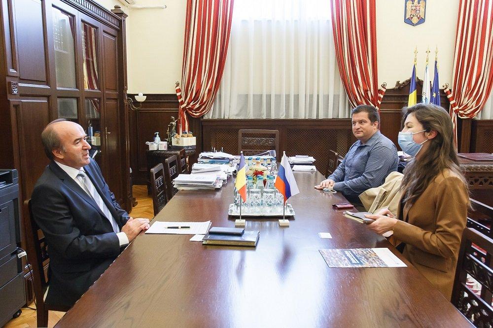 Conducerea UAIC, întâlnire cu Secretarul Ambasadei Federației Ruse în România